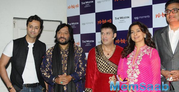 Salim Merchant,Roop Kumar Rathod,Sandeep Mahavir And Juhi Chawla Posed At The Launch Of Ru-Ba-Ru