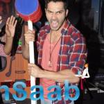 Varun Dhawan Tasted His Strengths By The Hammer Machine Game