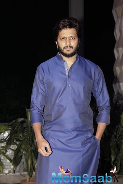 Riteish Deshmukh Looked Classy In A Payjama-Kurta At Smita Thackerey Son Wedding Reception