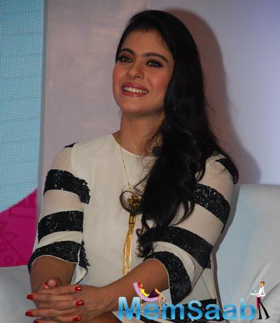 Kajol Devgn At The Felicitation Of Huggies Priceless Moments Mobile Campaign Winners
