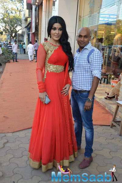 Koena Mitra Arrived At Designer Gagan Kumar Store Launch Event