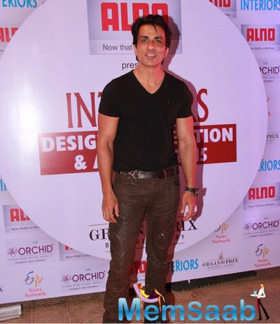 Sonu Sood Spotted At Society Interiors Design Competition And Awards 2015