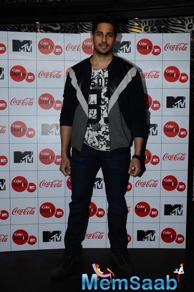 Sidharth Malhotra With A Dashing Look At The MTV Coke Studio Season 4 Launch