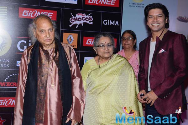 Pandit Jasraj And Shaan Attend At The GiMA 2015 Awards