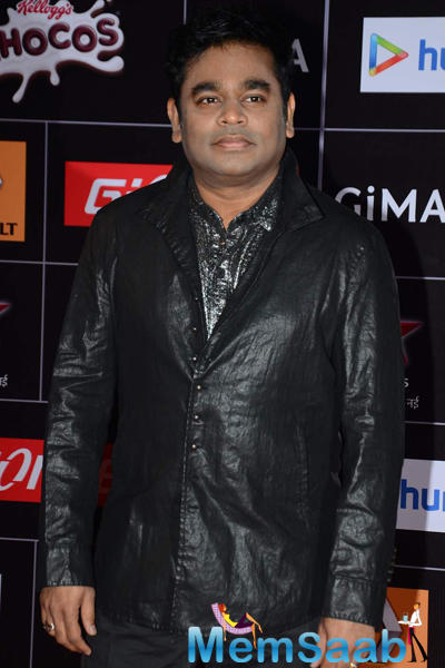 A. R. Rahman Posed For Camera At The GiMA 2015 Awards