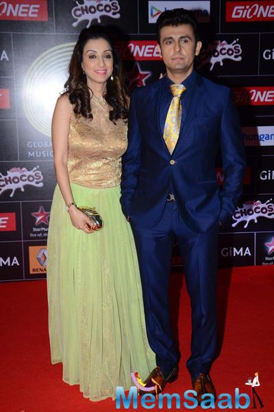 Sonu Nigam And Wife Madhurima Nigam At The GiMA 2015 Awards