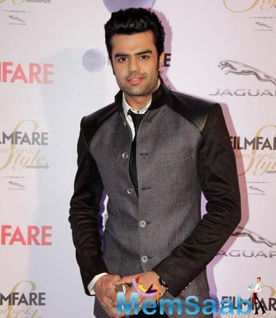 Manish Paul Attend The Ciroc Filmfare Glamour And Style Awards 2015