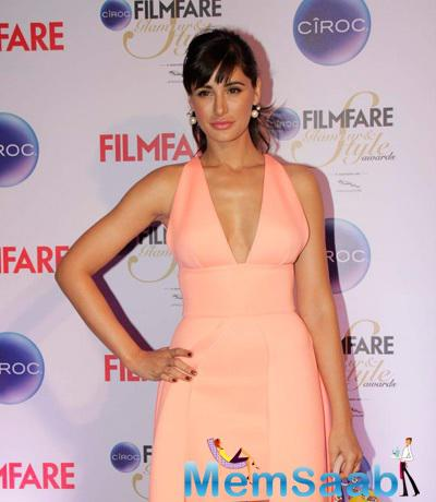 Nargis Fakhri Hot Look At The Ciroc Filmfare Glamour And Style Awards 2015