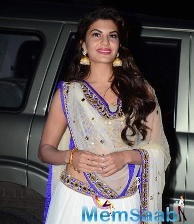 Jacqueline Fernandez Charming Look At Tulsi Kumar And Hitesh Wedding Reception