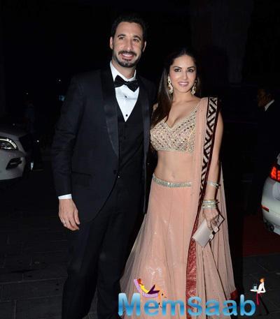 Sunny Leone And Hubby Daniel Weber Clicked At Tulsi Kumar And Hitesh Wedding Reception