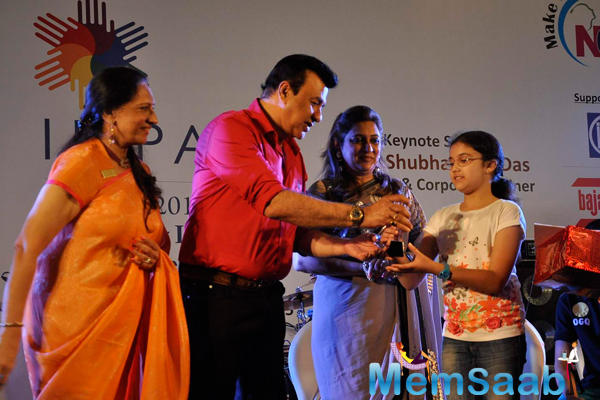 Anu Malik Gave Prize To A Kid At The IMC Ladies Wing Event