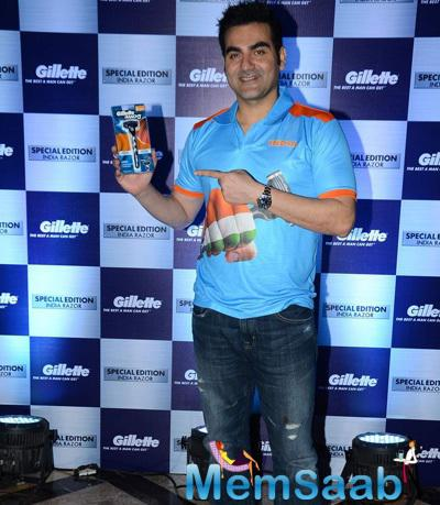 Arbaaz Khan Poses With The Product At Gillette Promotions