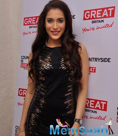 Rashmi Nigam Cool Glamour Look At Visit Britain Event