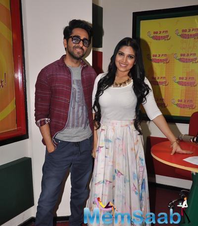 Ayushmann Khurrana And Bhumi Pednekar Posed At 98.3 FM Studio During The Promotion Of Dum Laga Ke Haisha