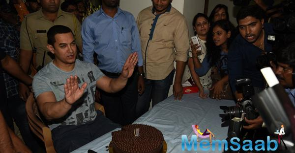 Aamir Khan Who Turned 50 On March 14th Celebrated His Birthday With Media