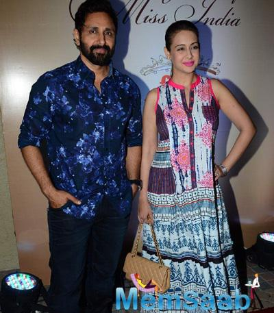 Parvin Dabas And Wife Preeti Jhangiani Cool Pose At Femina Miss India Bash 2015