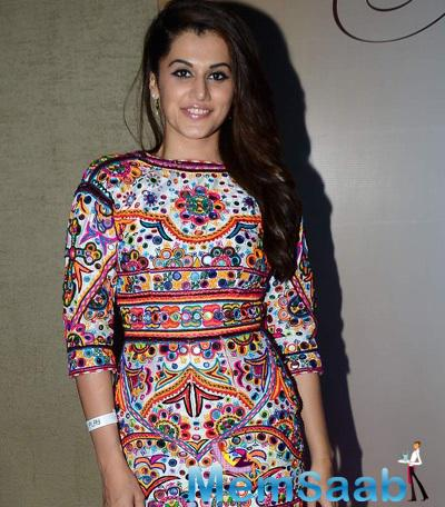 Taapsee Pannu Radiant Look During Femina Miss India Bash 2015