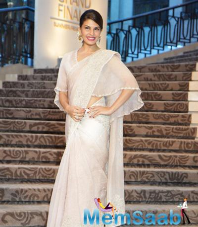 Jacqueline Fernandez Are Stunners At The LFW 2015 Grand Finale