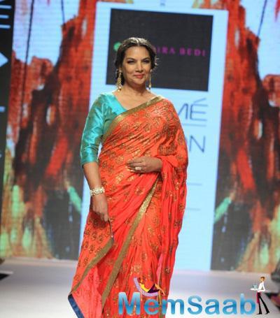 Shabana Azmi Walks The Ramp As Showstopper For Designer Mandira Bedi Show At LFW 2015