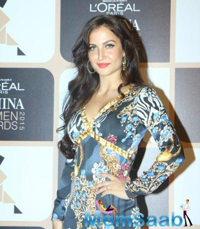 Elli Avram Looks Stunning At The L'Oreal Paris Femina Women Awards 2015