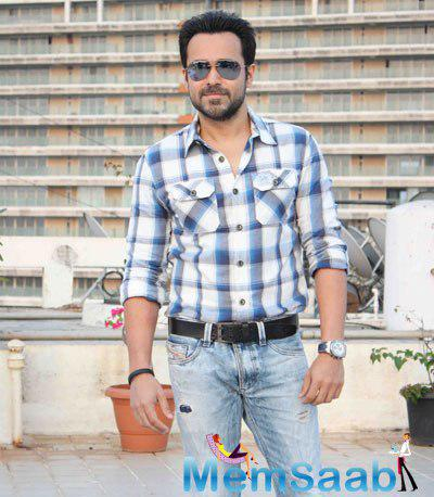 Emraan Hashmi Spotted To Celebrate's His 36 Birthday With Media And Fans