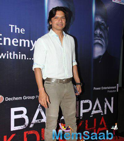 Shaan Posed For Camera During The Launch Of Bachpan Ek Dhoka Music Album