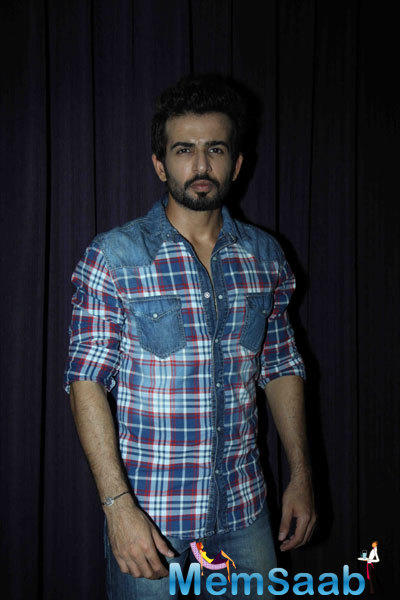 Jay Bhanushali Spotted For His New Movie Ek Paheli Leela Press Meet