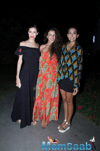 Sucheta Sharma,Pia Trivedi And Monica Dogra Clicked At The Launch Of Soapbox And Makeover Salon