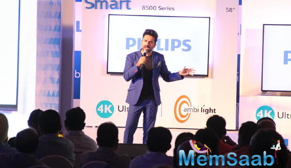 Vir Das Nice Cool Look In Bandra At Philips Event