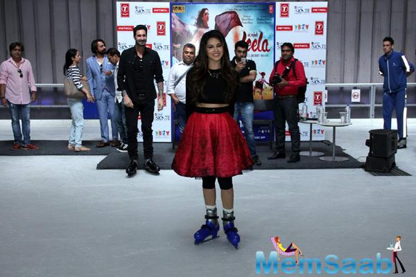 Sunny Leone Spotted At Delhi For Ek Paheli Leela Promotion