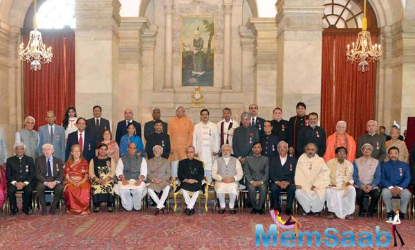 Padma Vibhushan Award Ceremony Latest Pic