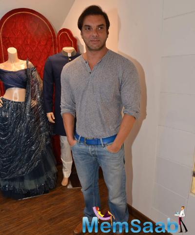 Sohail Khan Posed For Camera At The Launch Of Avinash Punjabi Store