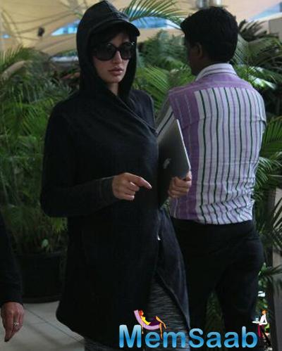 Nargis Snapped At The Airport