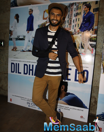 Ranveer Singh Cool Pose For Camera During The Trailer Launch Of Dil Dhadakne Do