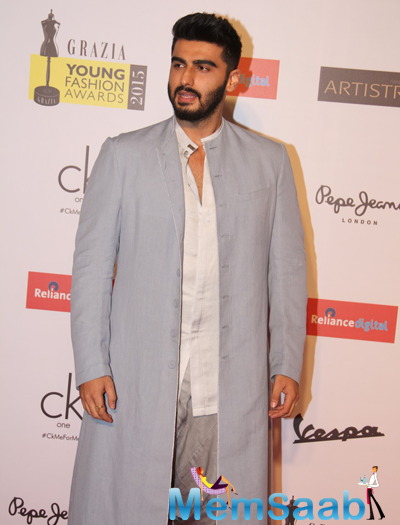 Arjun Kapoor Sporting Powder Blue Outfit By Antaragni At Grazia Young Fashion Awards 2015