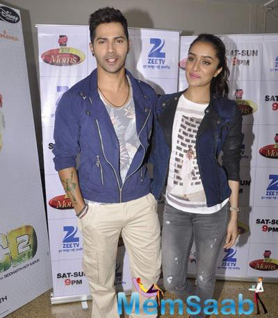 Varun And Shraddha On The Set Of Zee TV DID Super Moms For Film 'ABCD 2 Promotion