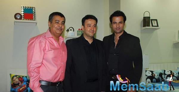 Rohit Roy Launches The Luxury Comfort Mattress In Mumbai