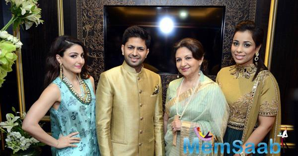 Mother-Daughter Duo Of Sharmila And Soha Launches Sunar Jewellery Shop
