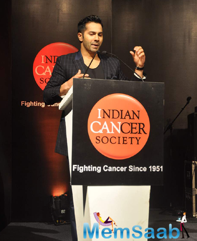 Varun Dhawan Was The Chief Guest At The Recent Indian Cancer Society Event