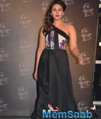 Huma Qureshi Showstopper For Designer Nitya Bajaj During Blenders Pride Show 2015