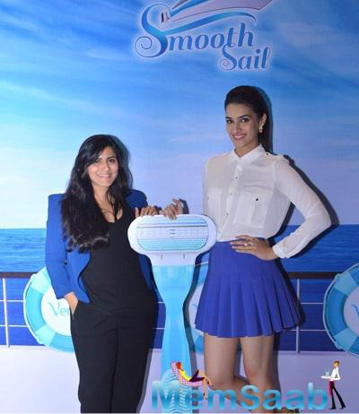 Kirti Sanon Launched Gillette Smooth Sail