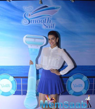Kirti Sanon Posed For Camera At Gillette Launch