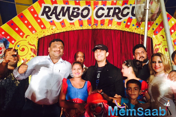 Sonu Nigam Visits Rambo Circus With His Family