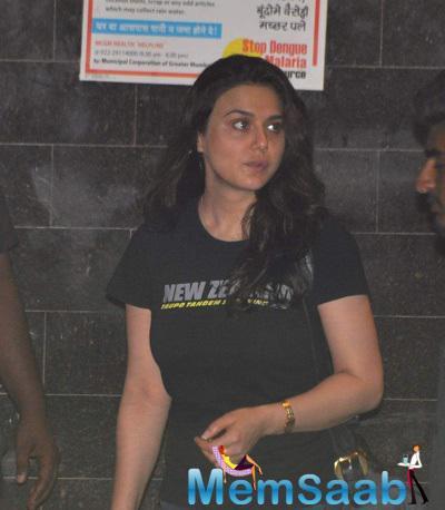 Close Friends Preity Zinta Visited Salman's Place Last Night.
