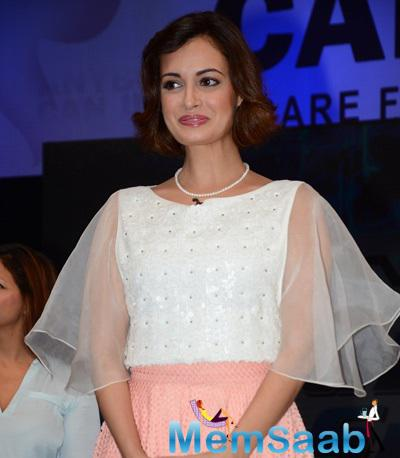 Dia Mirza Cute Smiling Look At NDTV-Nirmal Lifestyle Marks For Sports Campaign