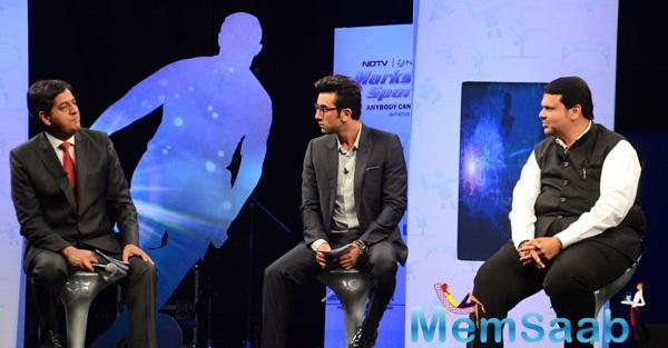 Ranbir Kapoor And Devendra Fadnavis Discussion Still At NDTV-Nirmal Lifestyle Marks For Sports Campaign