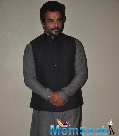 R Madhavan Pose For Camera At Tanu Weds Manu Returns Promotion Event In Mumbai