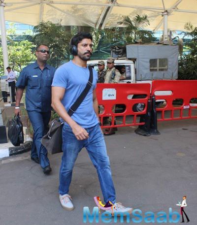 Farhan Akhtar Cool Look With Headphone At Mumbai Domestic Airport