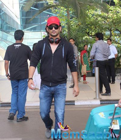 Sushant Singh Rajput Casual Look Snapped At Mumbai Domestic Airport