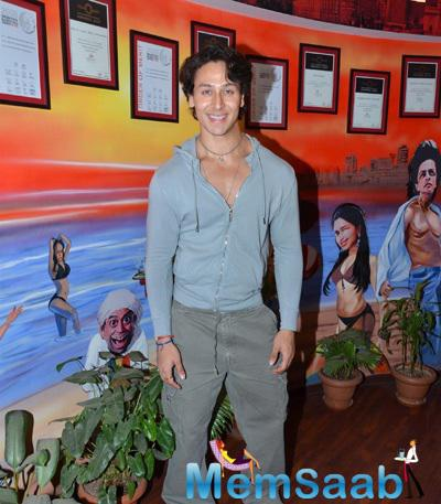 Tiger Shroff Smiling Pose During The Zindagi Aa Raha Hoon Main Promotion At 93.5 Red FM Studio